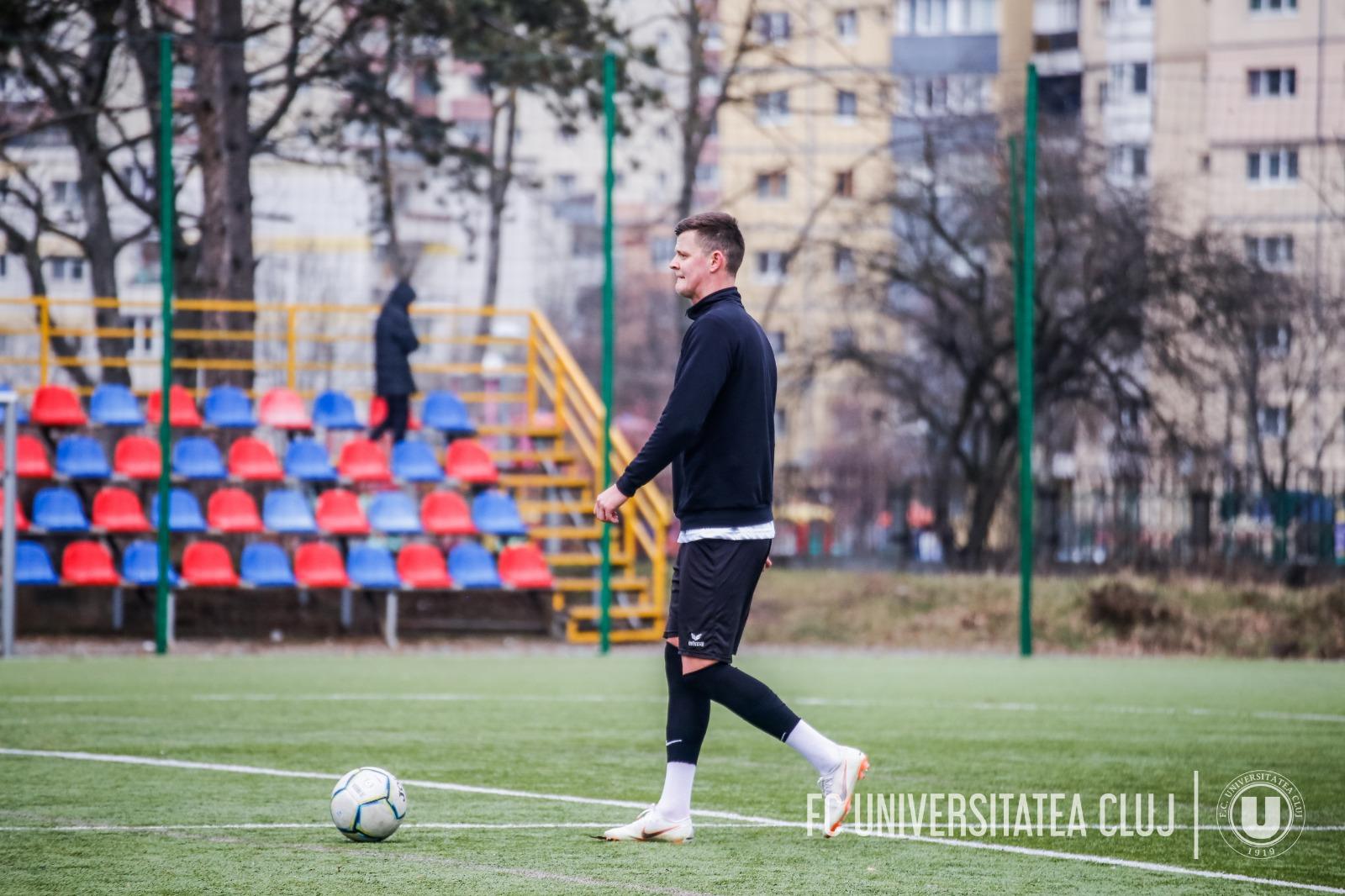 """""""U"""" și-a întărit defensiva cu un jucător crescut de CFR Cluj – Cronica de Sport"""